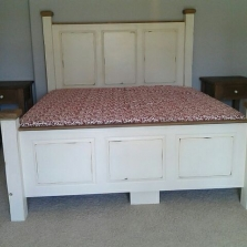 Paneled w/matching Footboard