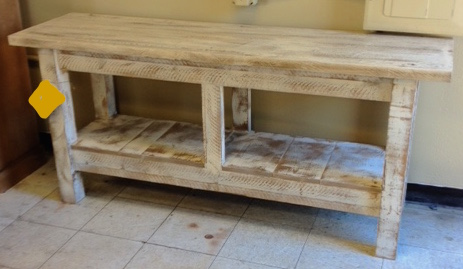 Genial Rustic Pine Console Table W/Shelf