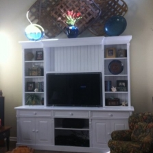 TV / Media Cabinets, Tables & Hutches